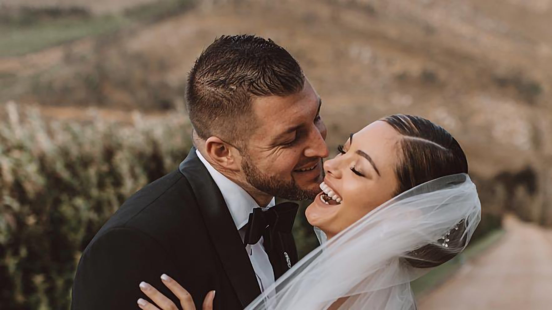 Pro-life Christian NFL QB-turned baseball player Tim Tebow marries Leigh Nel-Peters